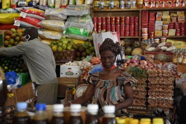 Allocodrome de Cocody market (Abidjan), April 2020 © Aurélie Carimentrand, CIRAD