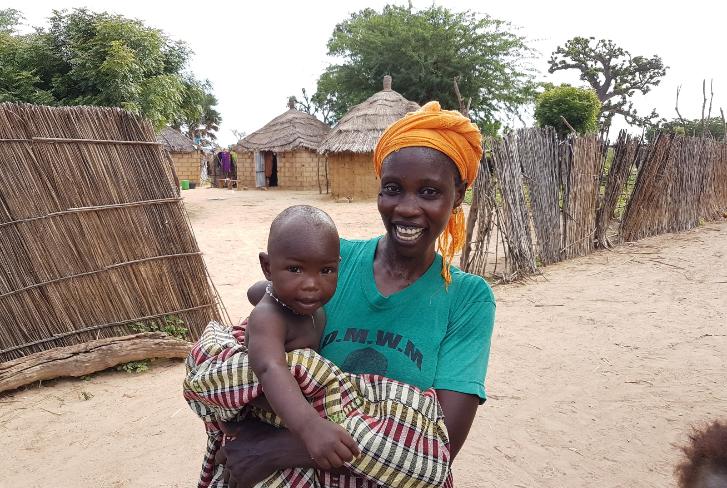 Mère et son enfant au Sénégal. © C. Dangléant, Cirad
